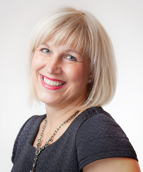 Mgr. Irena Hošková, koučka, lektorka, konzultantka.jpg
