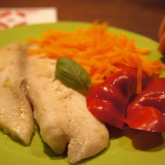 Tilápia kölessel ebédre, zöldséggel vacsorára