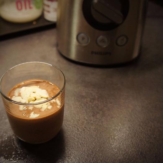 Szuper gyors és egészséges reggeli csokipuding szülőknek és gyerkőcnek