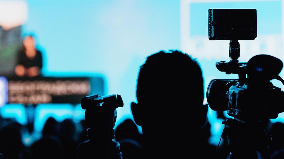 photodune-oR2Fv3B6-camera-recording-pres