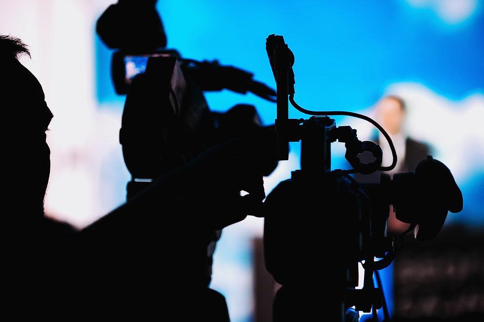 photodune-HCtcmexQ-cameraman-recording-s