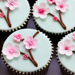 Cupcakes mit Blume