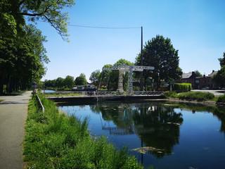 Dagtocht: Thieu > La Louvière (13,7 km)