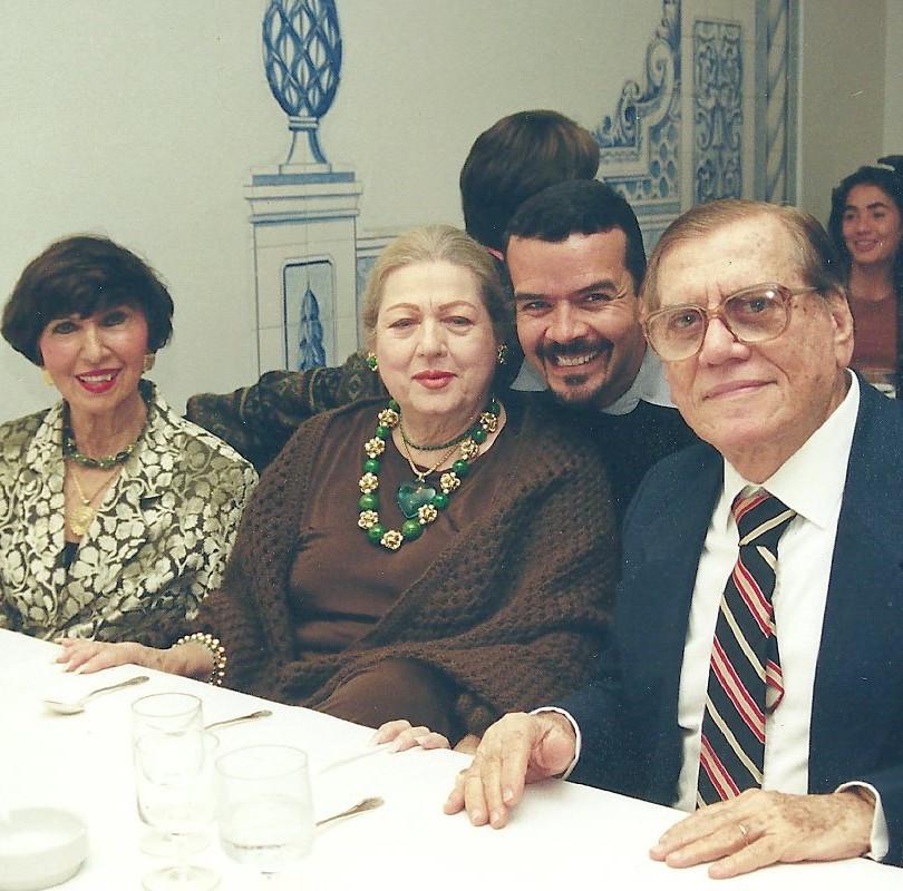 Jorge Brando Barbosa e Odaléa no meu aniversário, no Hotel Glória. Mais a Nair Atherino