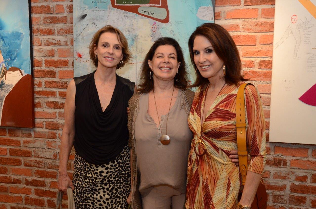 Patricia Veiga, Ana Luiza Quintaes e Regina Martelli