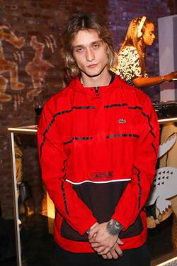 O ator Cody Saintgnue