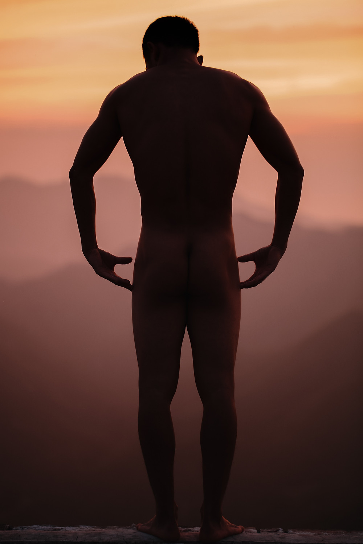 Massage gay  naturiste entre hommes