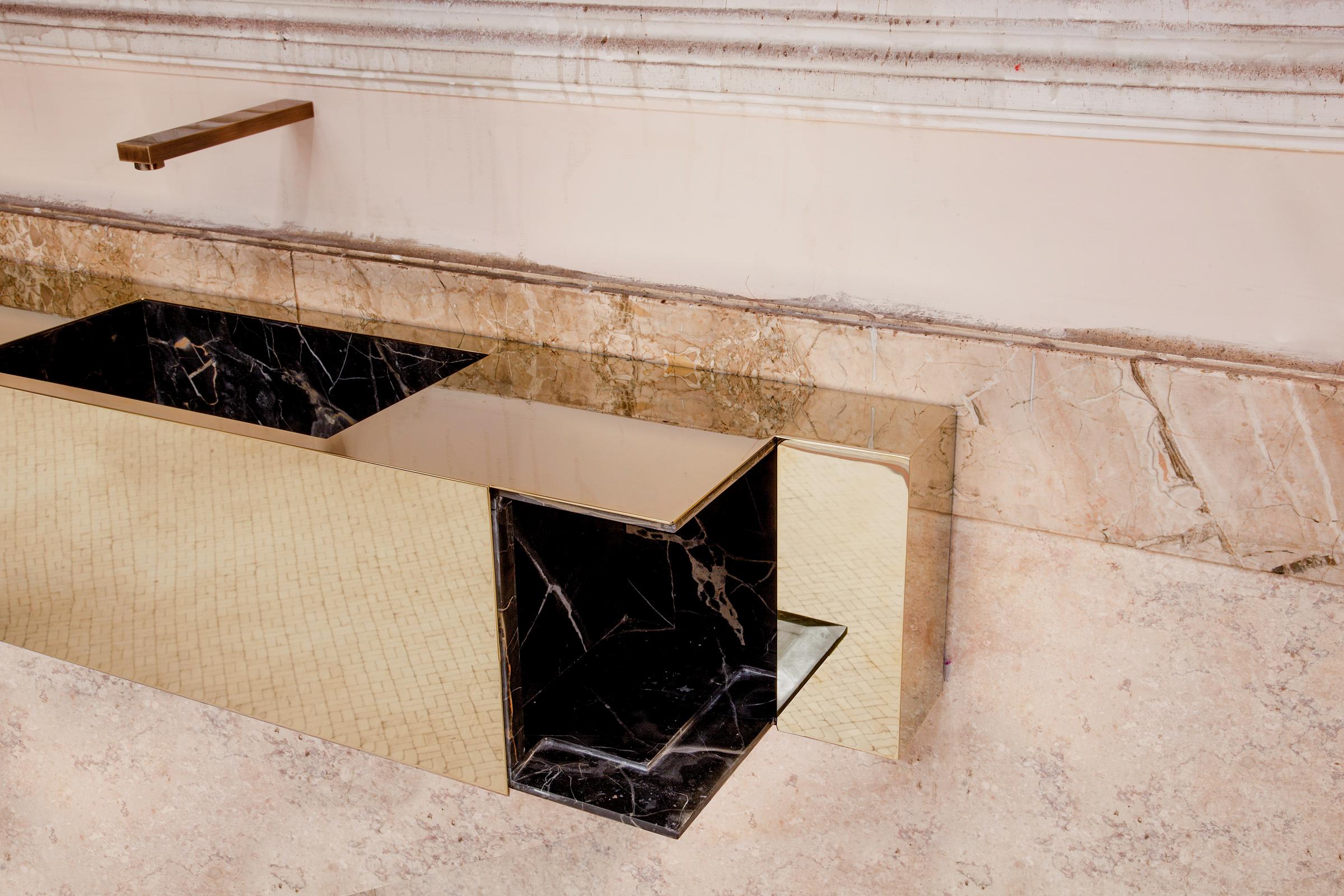 Tailor-made washbasin