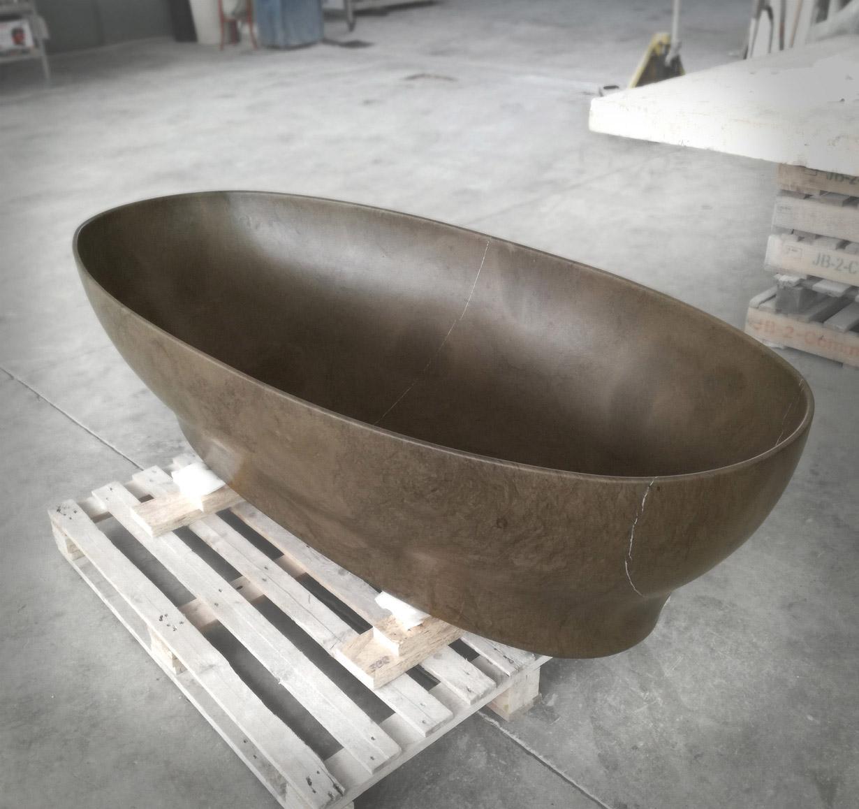Bath in Pietra di Farsena