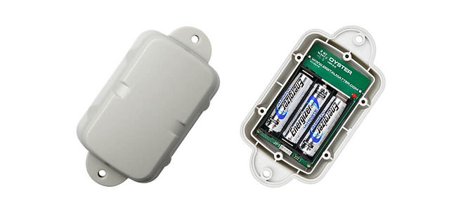 Oyster2-Tracker-Device-Top-Open.jpg