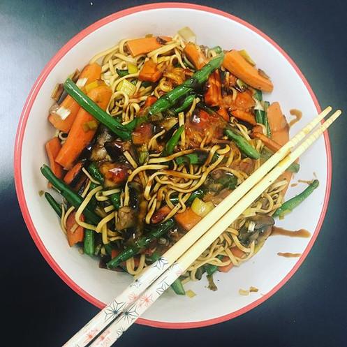 Stir fry noodles… dinner time _)
