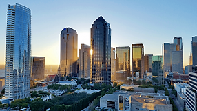 Dallas_Skyline_with_Arts_District.png