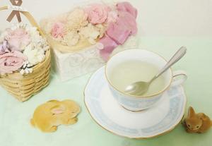 正確にはアロマティカスはハーブではありませんが、ハーブのようにとてもいい香りがします。レモンやミントのようなさっぱりした香りが好きな方にはおすすめです。