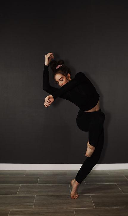 Dancer 12_9V2A7692.jpg