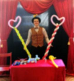 Mr Giggles - Balloon Modeling & Facepainting