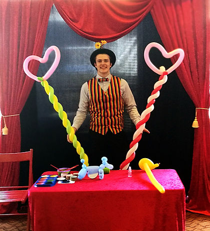 Mr Giggles - Balloon Modeling & Facepainting