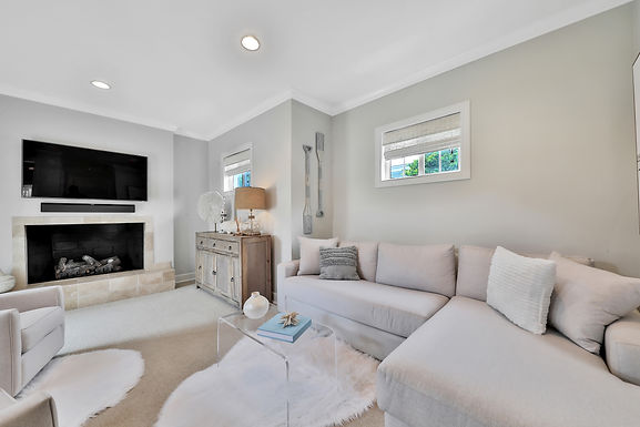 435 Bowles St - Under Contract