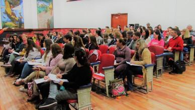 En la 5° jornada del Pre Motus en Río Tercero se implementó la dinámica teatral con los docentes