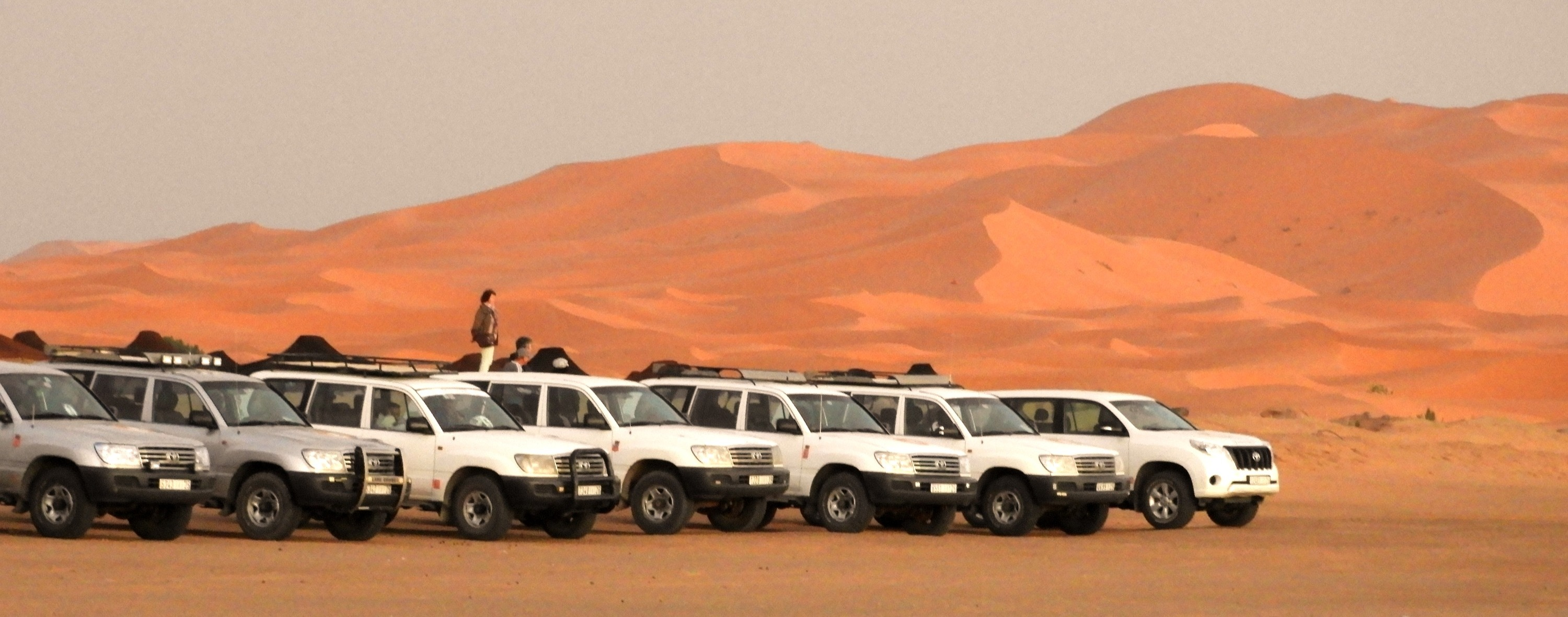 FOUR WEEHL DRIVER IN DESERT OF MERZOUGA