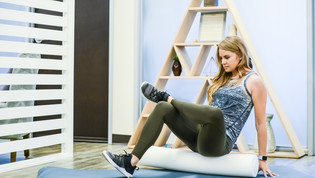 HOME FOAM ROLLER ROUTINE FOR BETTER POSTURE