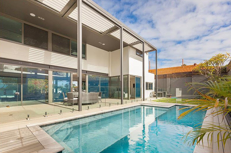 Victoria-avenue-Claremont-luxury-pool.jp