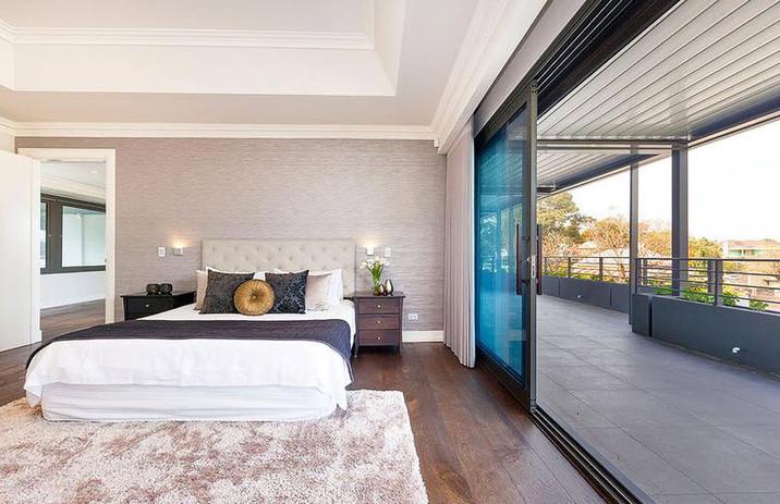 Victoria-avenue-Claremont-masterbed-balc
