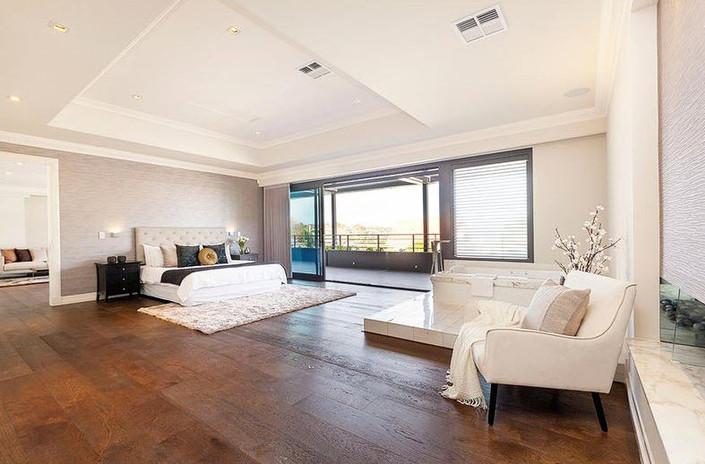 Victoria-avenue-Claremont-master-bedroom