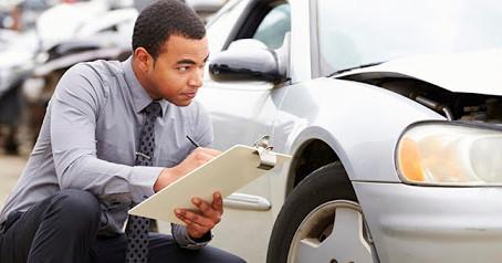 Como desbloquear um carro sinistrado?
