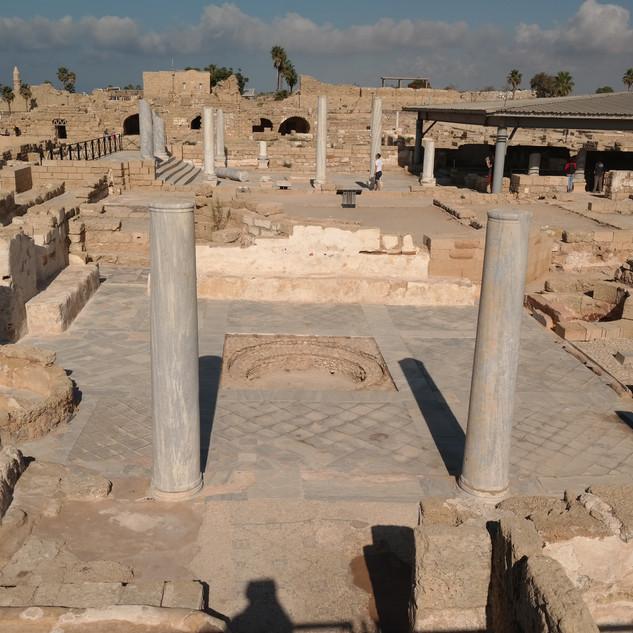 Caesarea public baths.JPG