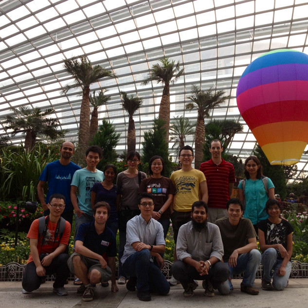 lab photo with balloon.JPG