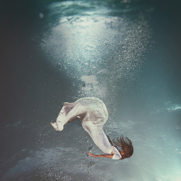photo-of-bubbles-underwater-1452701.jpg