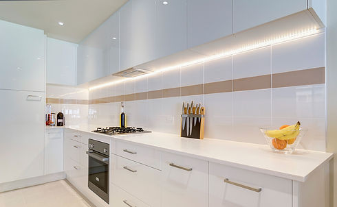 White-lacquer-cabinets.jpg