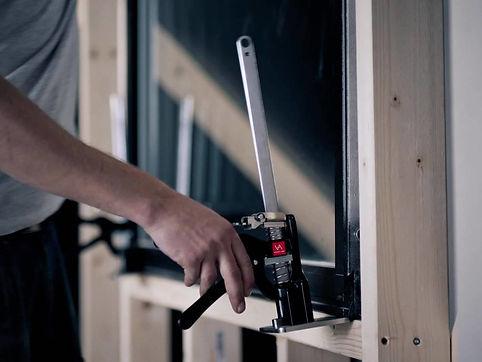Viking-Arm-builders-tool-01-1200x900.jpe