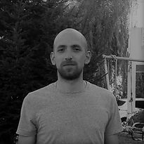 Uriel Kuzniecki_pequeña cuadrada bn.jpg