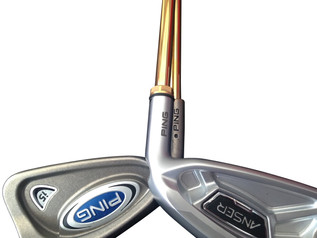 gold plated putter.JPG