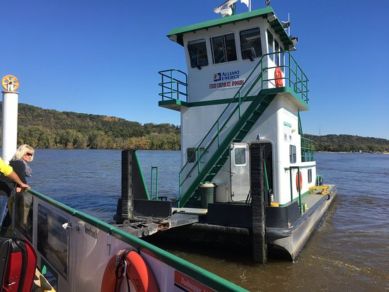 Cassville Car Ferry