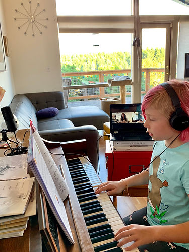 Zoom online piano lesson from Palm Springs, CA