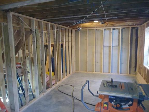 basement reno 2.jpg