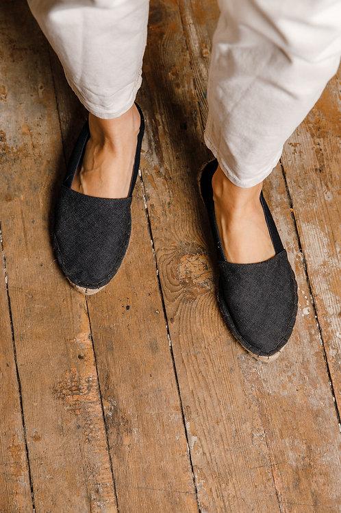 Pointed Toe Espadrilles DIY Kit Black Jeans