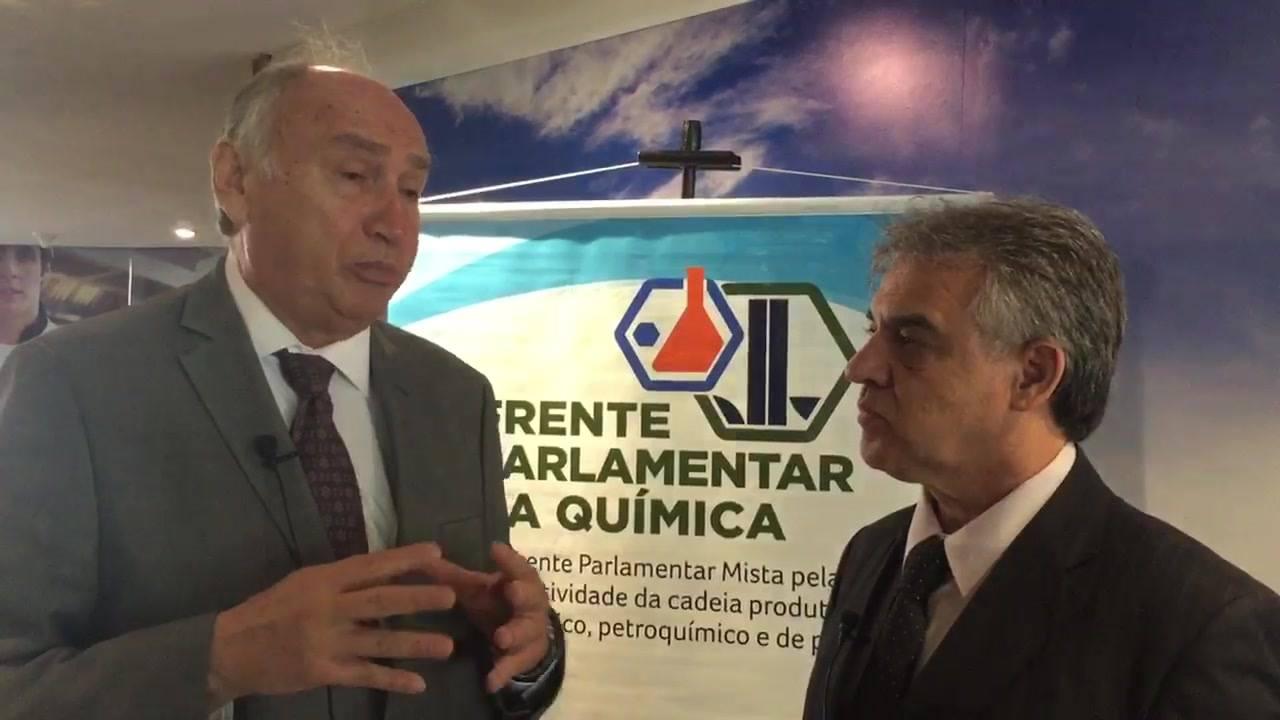Entrevista com o Presidente Executivo da Associação Brasileira da Indústria Quimica, Fernando Figueiredo durante café da manhã com integrantes da Frente Parlamentar da Química, no Congresso Nacional.