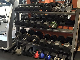 full set of free weights & kettle bells