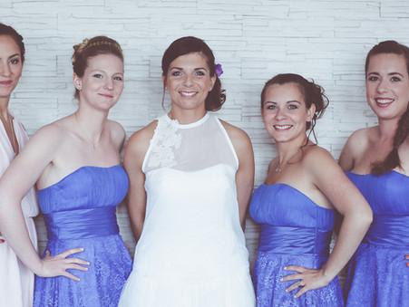 Aurélie notre superbe mariée et ses demoiselles d'honneurs