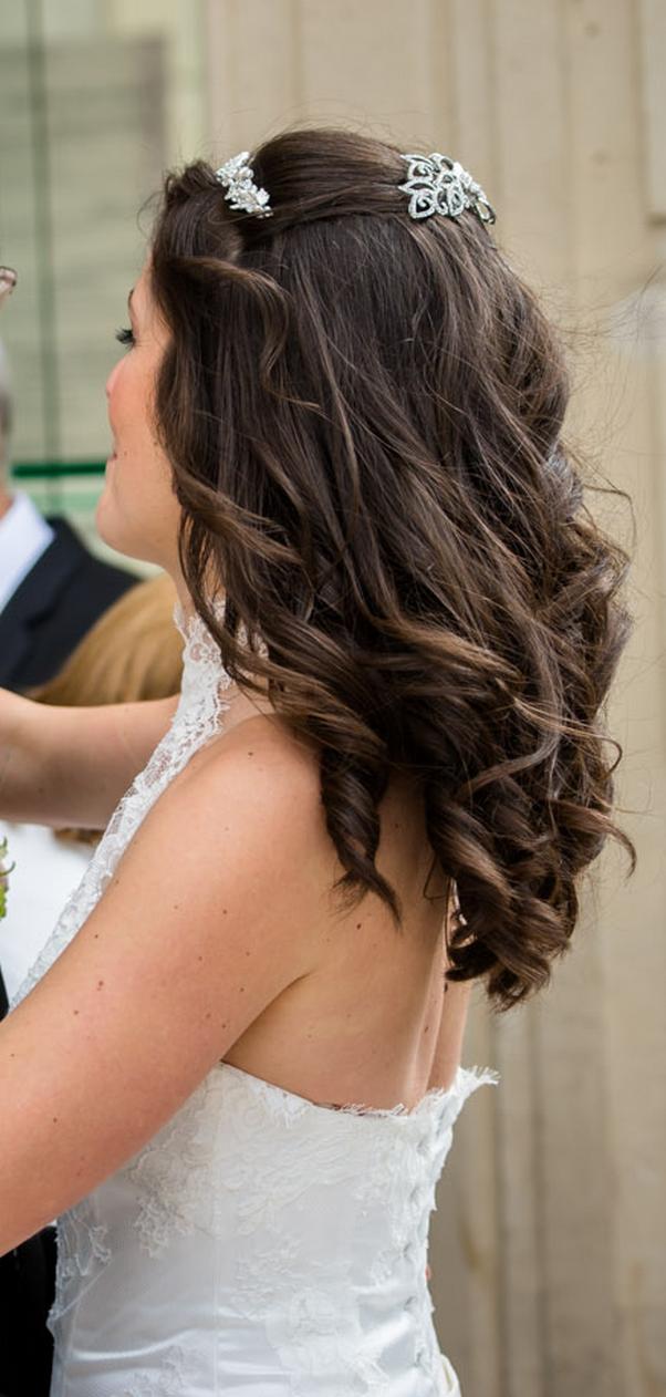 Coiffure et maquillage mariée à domicile