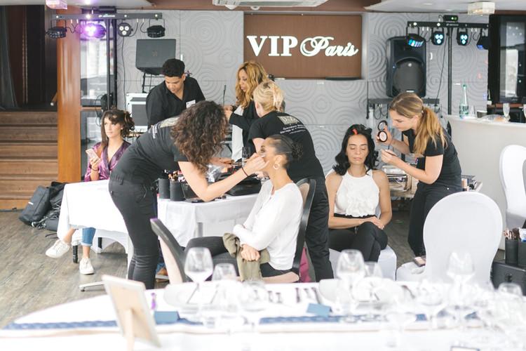 Equipe D&Z Agency sur prestation coiffure et maquillage mariage