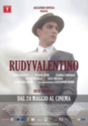 Rudy Valentino, un film di Nico Cirasola, con Claudia Cardinale e Alessandro Haber, dal 24 maggio al cinema.