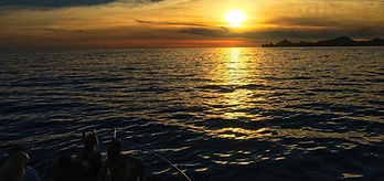 Cabo San Lucas Sunset Cruise, the best time of the day, amazing sunset by the Arch of cabo san luca, th cabo san lucas bay , enjoy a trip along the pacific and sea of cortes aboard one of our private sunset boat tours