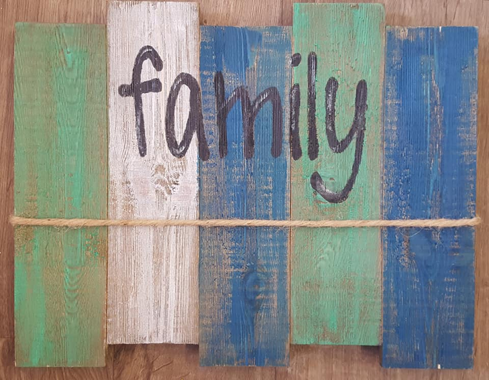 Family Picture Pallet $30