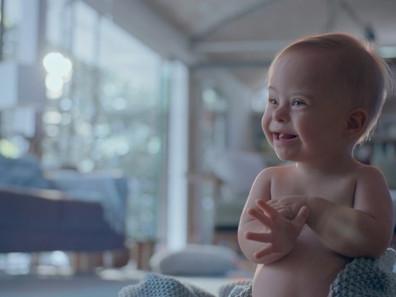 Bebê Johnson´s 2017 rompe paradigmas com fofura e informação