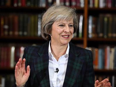 """Nova primeira-ministra do Reino Unido diz que a fé cristã direciona suas decisões: """"É parte de"""