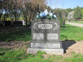 Sachs plinth.JPG